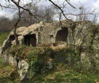 Locandina: La dolina carsica del Revotano