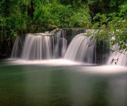 Locandina: Le cascate di Monte Gelato e il MAVNA