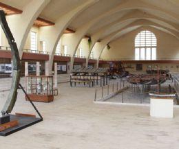 Locandina: Museo delle Navi romane