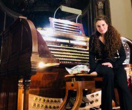Locandina: Sara Musumeci suona l'organo Dom Bedos Roubo