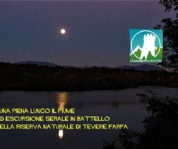 Locandina: Luna piena ed escursione serale in battello a Tevere Farfa