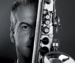 Locandina: Apre a Fiumicino 'Il Museo del Saxofono'