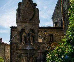 Locandina: Il Borgo si racconta