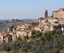 Locandina: Archeologia: i tesori dietro l'angolo
