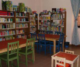 Locandina: Riapre la biblioteca di Santa Maria delle Mole