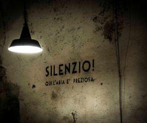 Locandina: FESTA DELLA REPUBBLICA NELLE GALLERIE-BUNKER DEL MONTE SORATTE