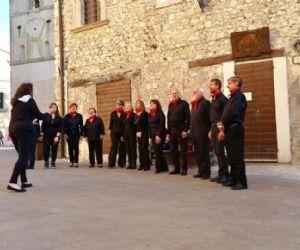 """Locandina: """"Voces in Choro"""" cerca coristi per ampliare il proprio organico"""